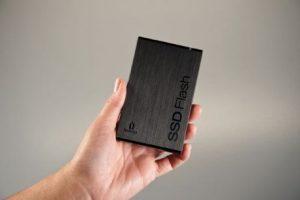 zdnet-iomega-usb-3-ssd-flash-drive